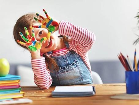 3 maneiras divertidas de fazer arte com as crianças em casa.
