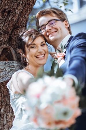 Brautpaar Vintage mit Strauß