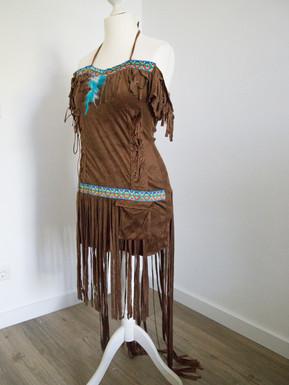 Braunes Indianerkleid