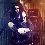 Cosplayer Enchantress
