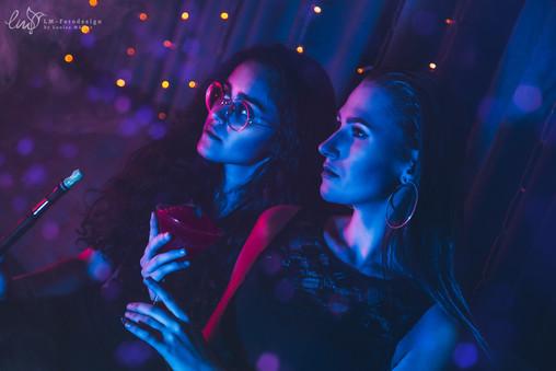 Club Shooting Cocktail Frauen