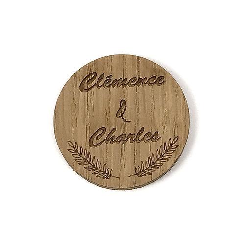 Badge en bois mariage personnalisé