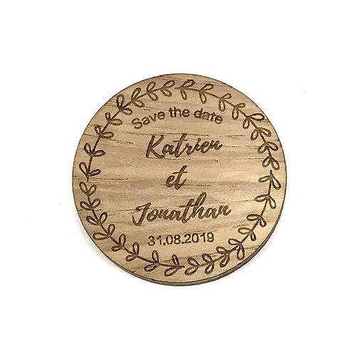 Magnet en bois mariage Save the date personnalisé couronne