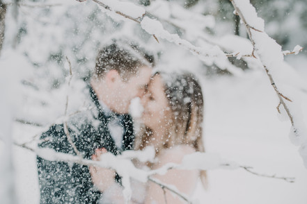 Honeybee Weddings_Montana Winter Wedding