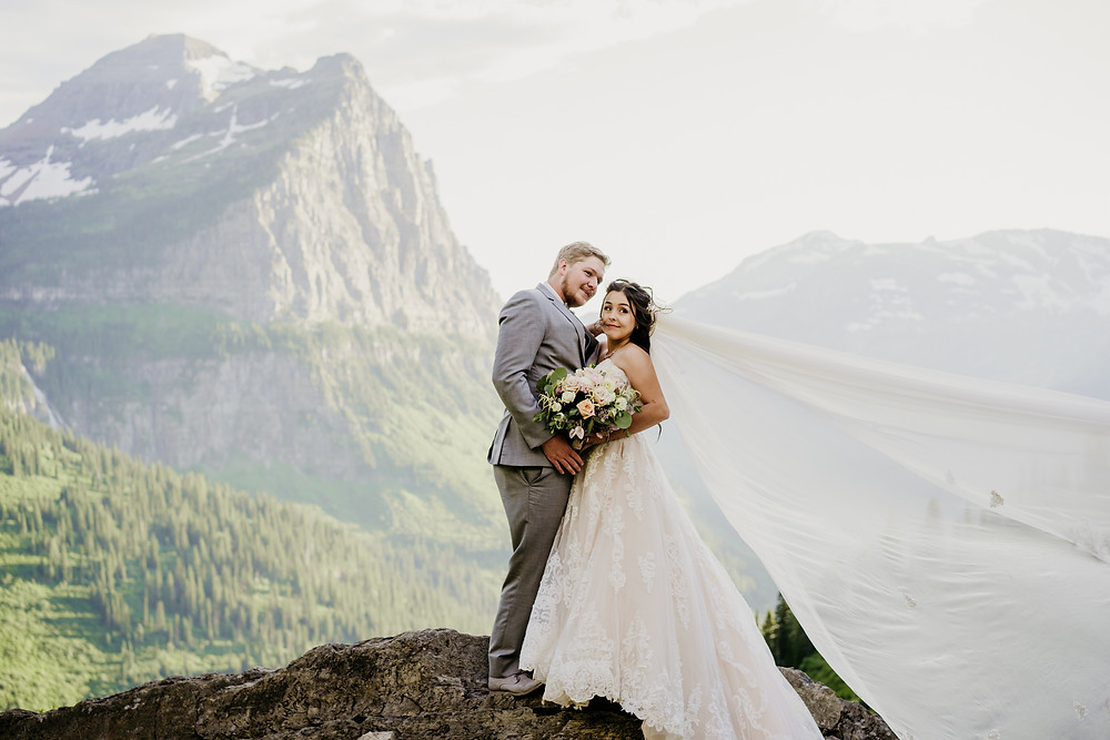 Montana wedding venues near Glacier National park. Glacier National Park elopement. Logan Pass.