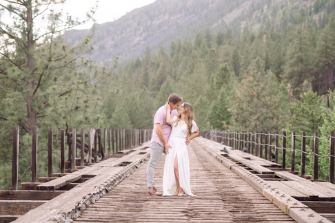 Missoula Engagement Session with a RAD couple!