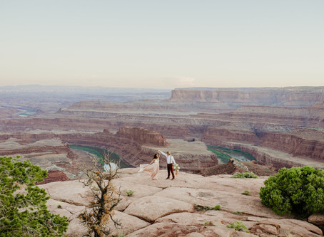 Eloping in Moab   Elopement Photographer