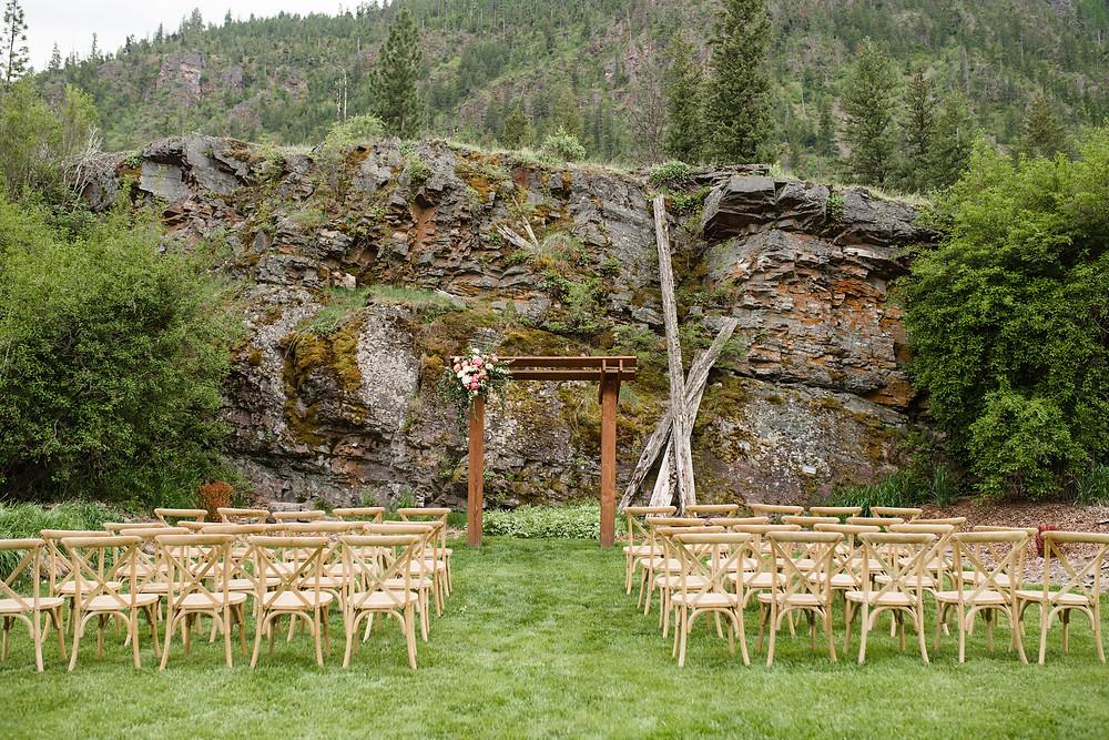 Montana wedding venue White Raven