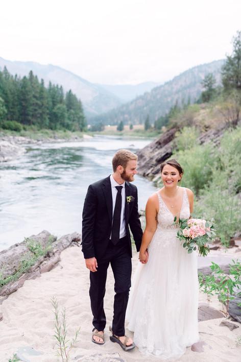055White Raven Wedding, Montana Wedding