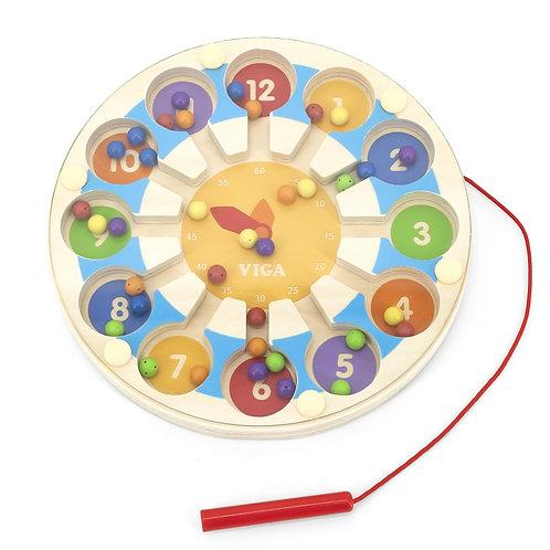 Medinis edukacinis laikrodis – labirintas