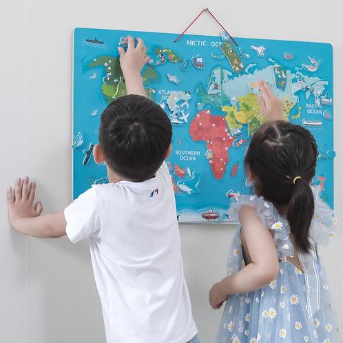 Edukacinė pakabinama medinė lenta su magnetiniu pasaulio žemėlapiu ir priedais,