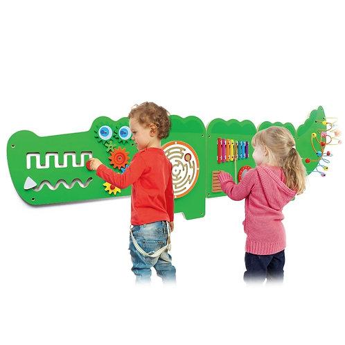 Daugiafunkcinis medinis pakabinamas sieninis žaidimas – Krokodilas