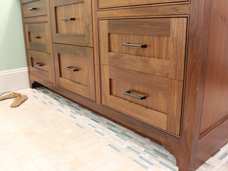 Vineyard-Creations-bathroom-cabinet-Hoffmann-usa.jpg