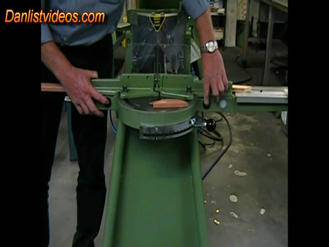 Morso H, pneumatic operated mitring machine