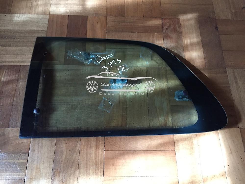 vidrio lateral saxo