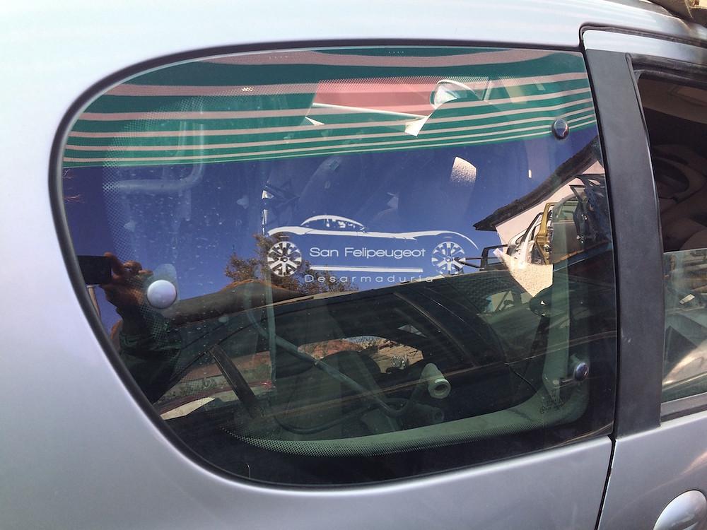 vidrio lateral trasero 206