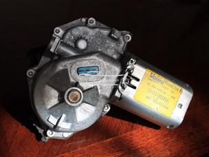 Motor limpia luneta 207