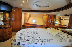 Azimut 68 Plus 2001 Vip Cabin