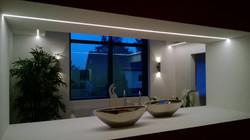Lichtlinie und Wandbeleuchtung