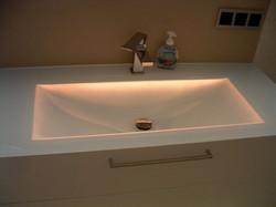 Beleuchtetes Waschbecken