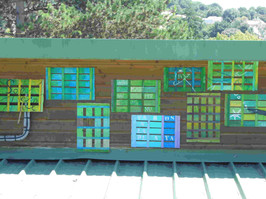 """Installation """"Cageolons lescagettes"""" à l'Espace des possibles, Meschers sur Gironde."""