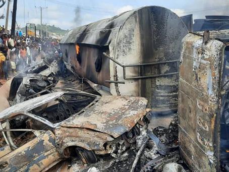 FUEL TANKER EXPLOSION KILLS 25 PEOPLE IN NIGERIA