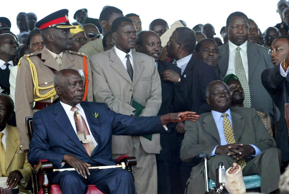 Daniel Arap Moi Sits Next To President-Elect Mwai Kibaki During The Swearing-In Ceremony In December 2002, Ending 24 Years Of Mr Moi's Rule. Source: GETTY IMAGE