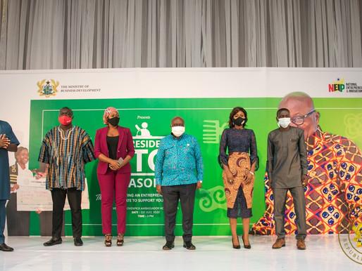[VIDEO & PHOTOS] PRESIDENT AKUFO-ADDO PRESENTS GH¢1 MILLION TO 20 YOUNG ENTREPRENEURS