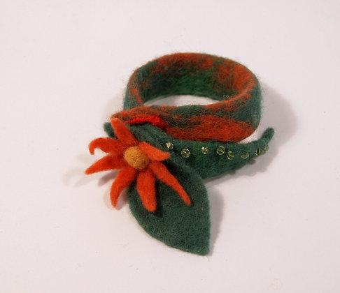 Red flower bracelet