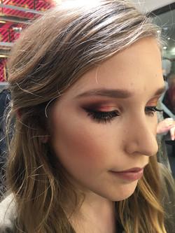 glamorous prom makeup