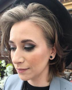 wedding guest makeup smokey