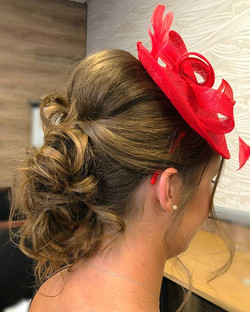 wedding guest hairstyle