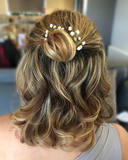 bridesmaid short hair style