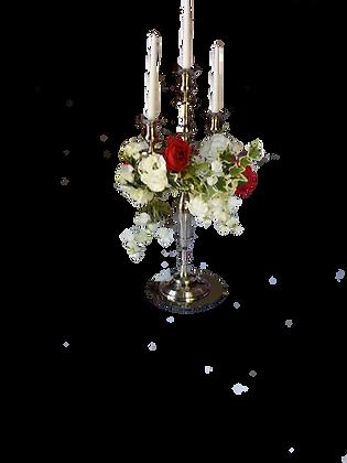 Chandelier + couronne de fleurs