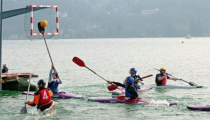 organisateur-evenements-enreprise-corporat-seminaire-conference-soire-team-building-reunion-stand-salon-loatin-lieu-insolite-voyage-presse-theme-original-kayak-sport-nautique-venise