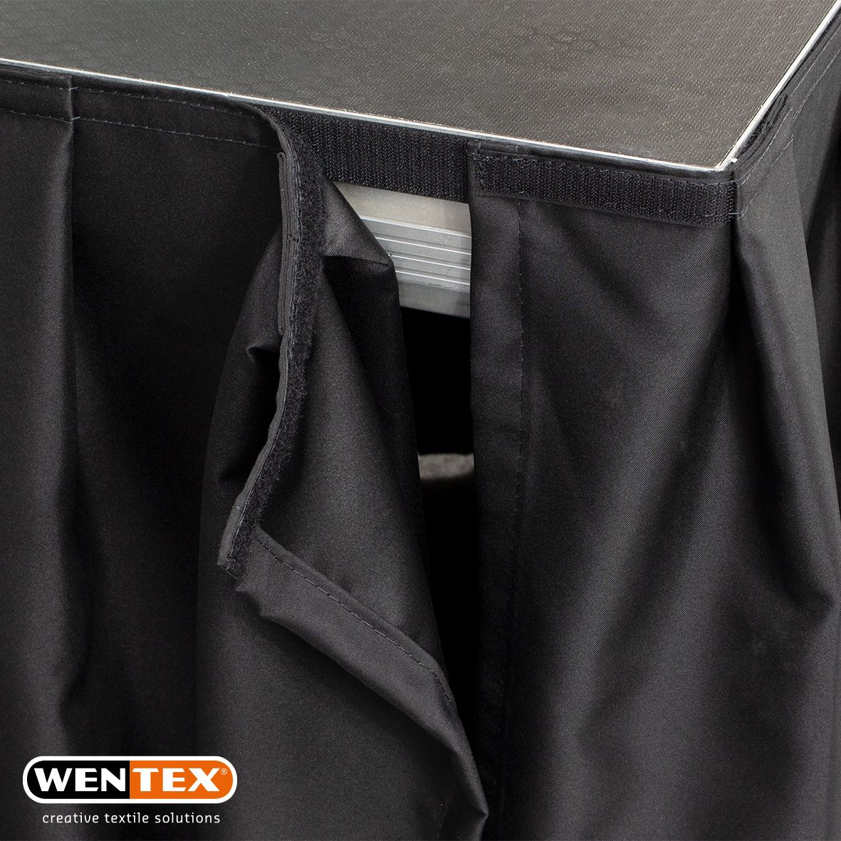 WENTEX Stageskirt pleated detail 1