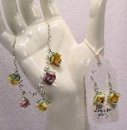 Cottage Glass Rose Lampwork Necklace
