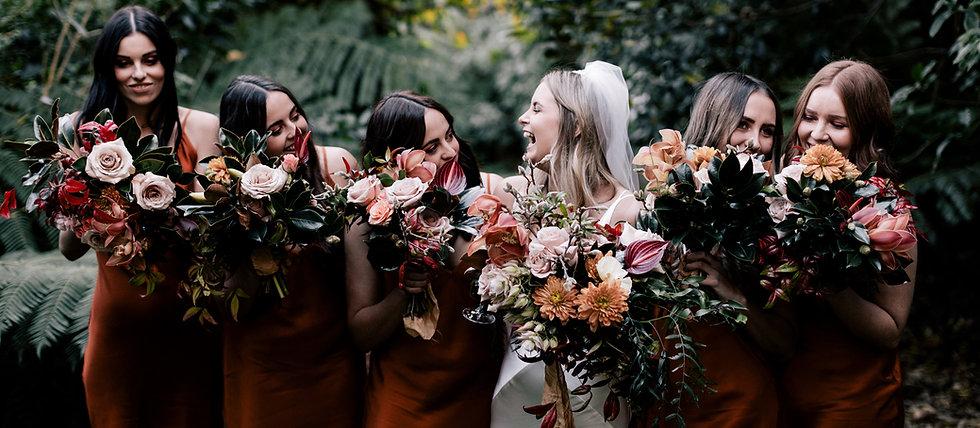 Rich winter wedding flowers