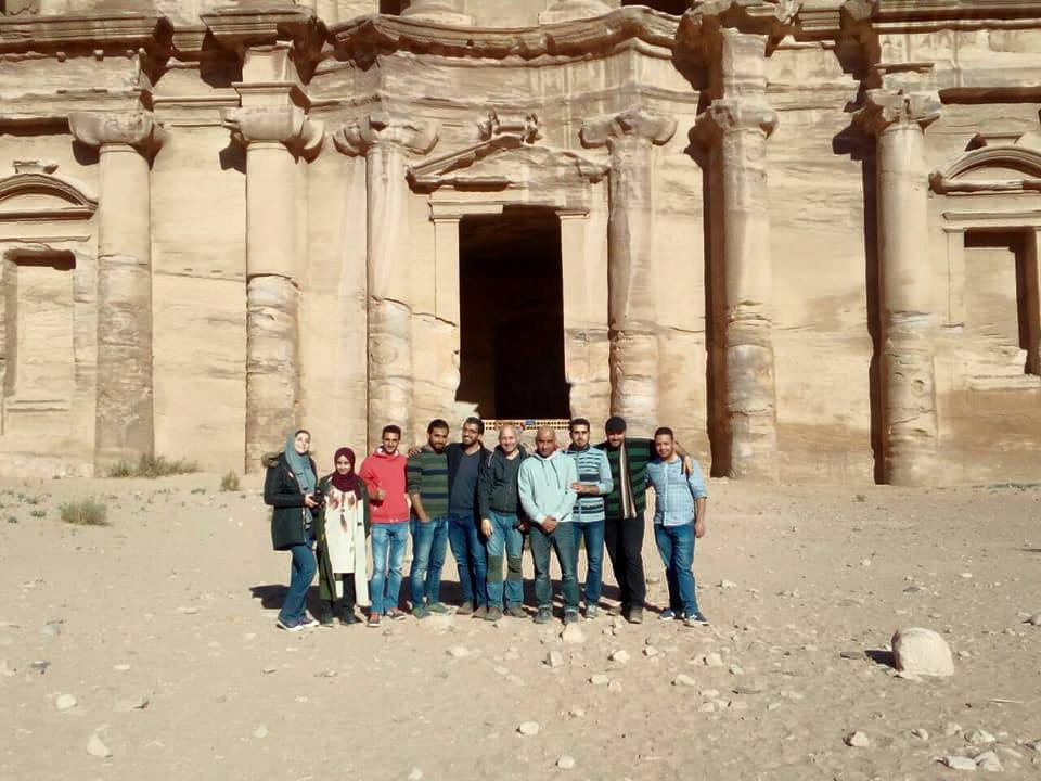 A student group with Prof. Wanja Wedekind in Petra