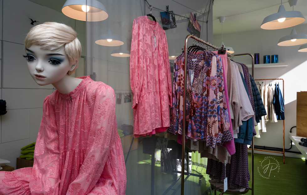 showroom 23 fashion