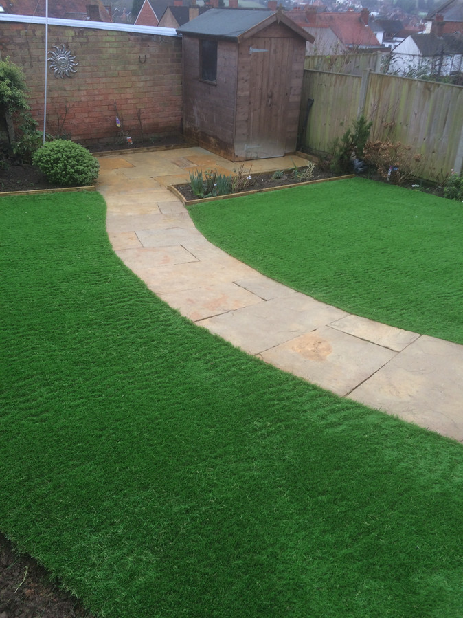 Choosing The Best Artificial Grass Suppliers For Better Ambience And Manageability