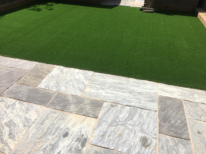 Five Unparalleled Benefits of Choosing Artificial Grass Suppliers from Faking It Grass