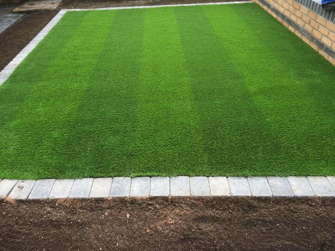 WEMBLEY STRIPED ARTIFICIAL GRASS £20 per square metre