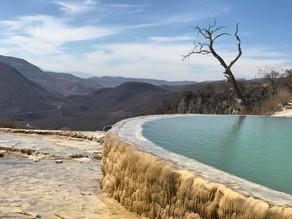 Hierve el agua, un imperdible en Oaxaca