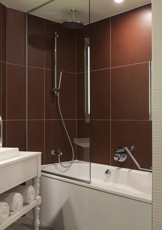 parsc-bathroom-0021-hor-wide.jpg