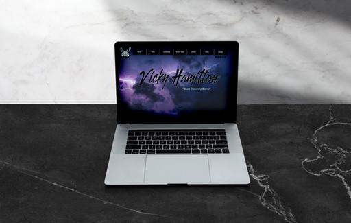VICKY HAMILTON // Website Design