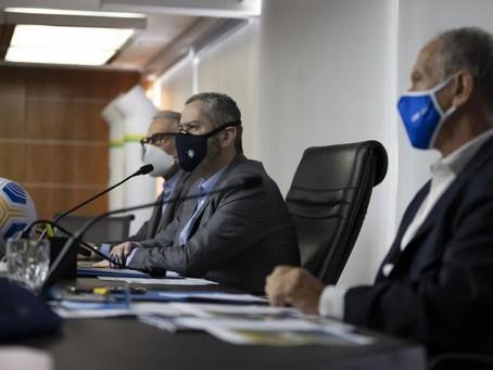 Aprovação do limite na troca de técnicos no Brasileiro