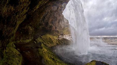 Seljalandfoss 2, Iceland.jpg