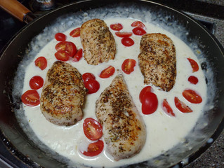 Creamy Tomato & Chicken Breast