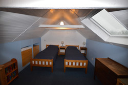 Twin Room above kitchen